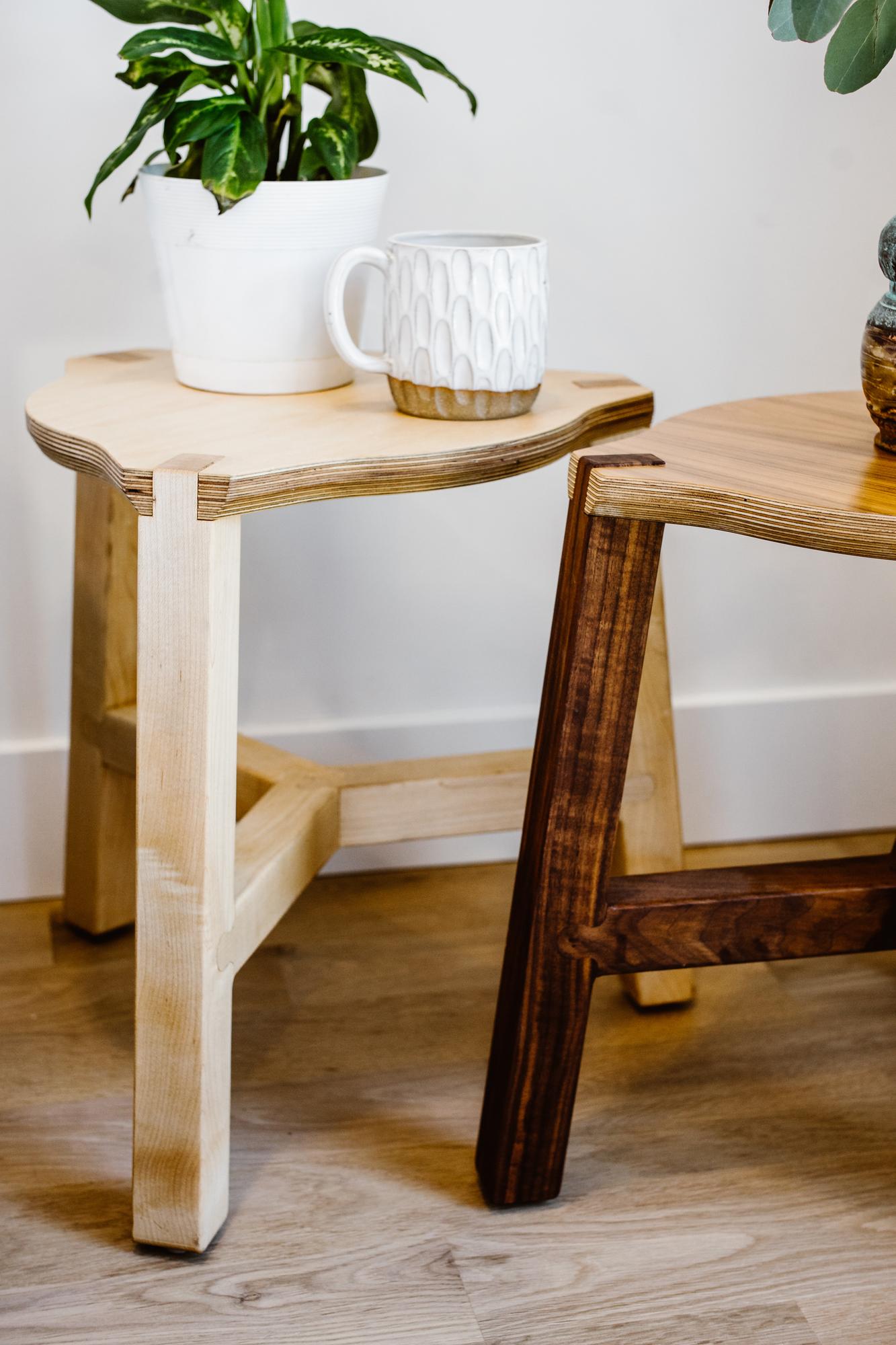 Tercet End Table (Maple)
