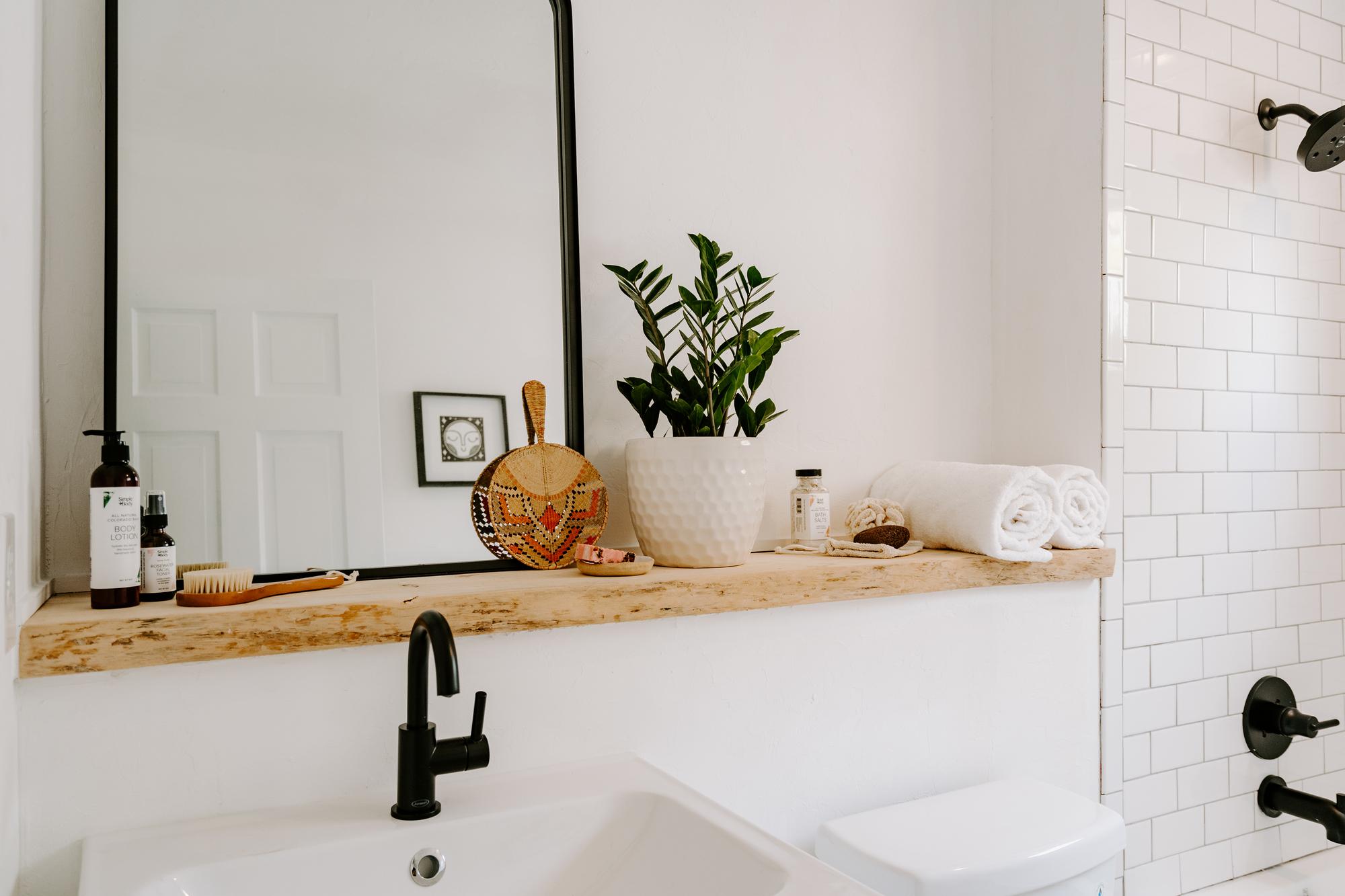 Honeysuckle & Sweet Orange Bath Salts