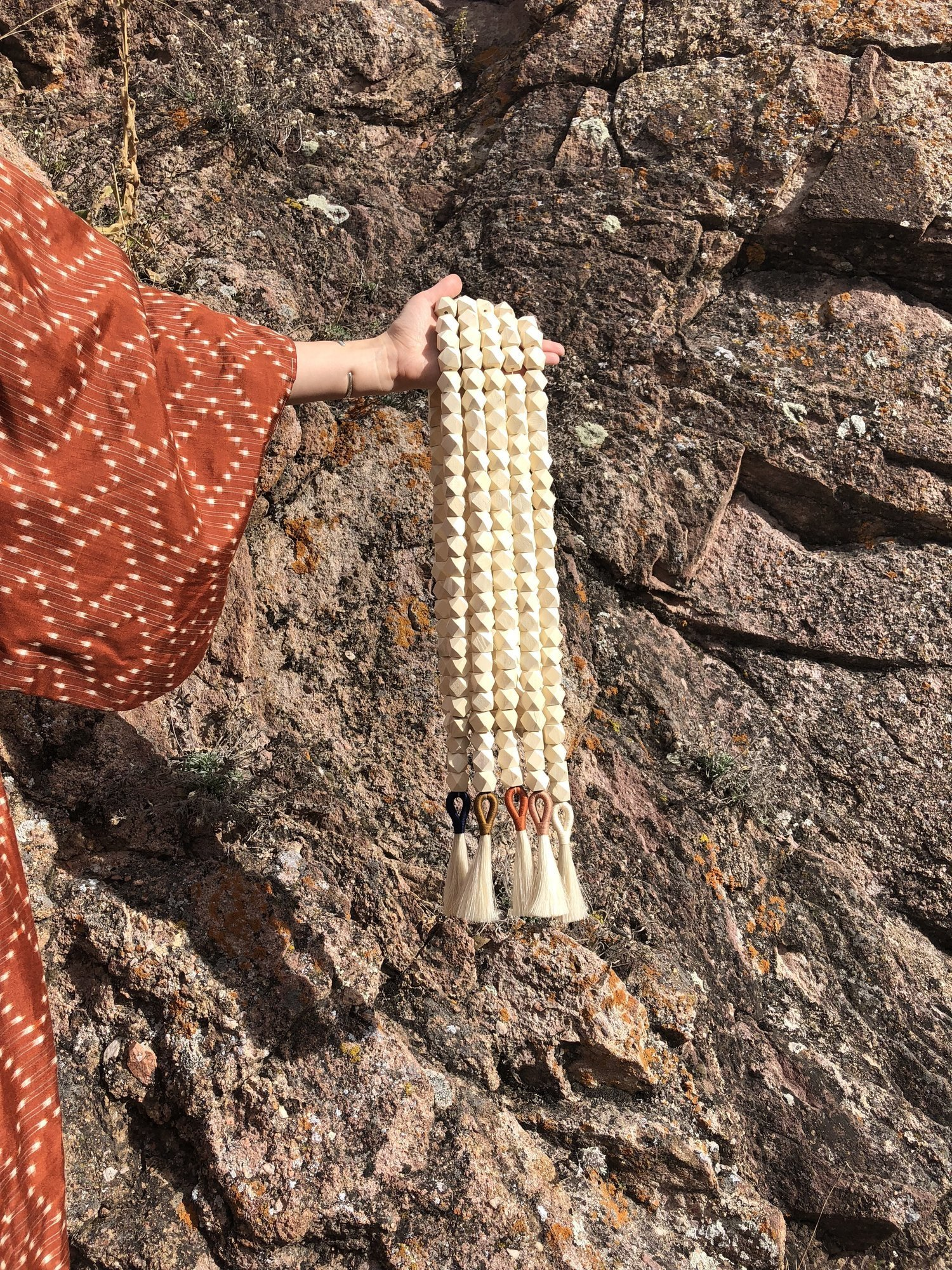 VALLEY OF FIRE COLLECTION   LONG TASSEL BLONDE