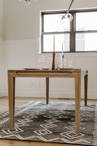 Judy Table