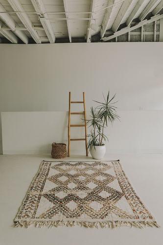 Vintage Beni Ourain (5.7 x 8.8) - White/Black/Orange