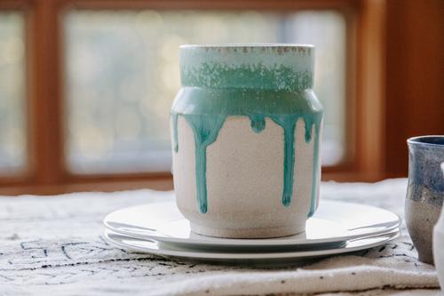Stronium Drip Vase