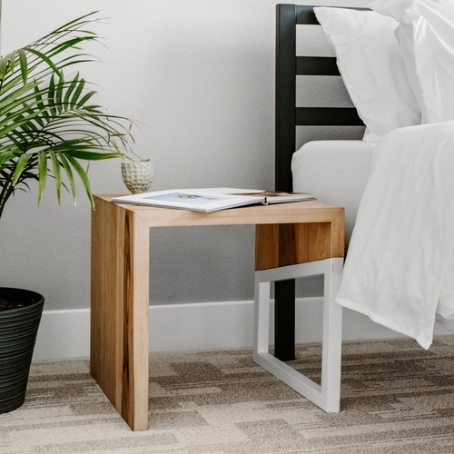 Maderas End Table - White