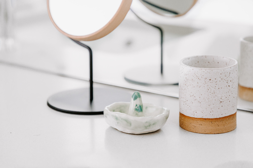 Green Ceramic Ring Holder