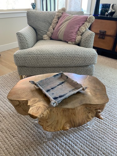 1/2 stump lucite leg coffee table