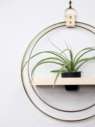 Plant Shelf Black