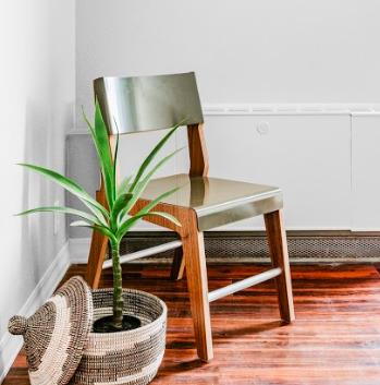 Lock Chair (Green/Walnut)