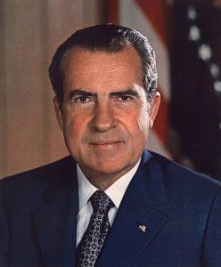 Richard_Nixon_presidential_portrait