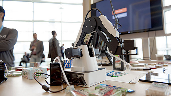 Build your own machine-learning-powered robot arm using
