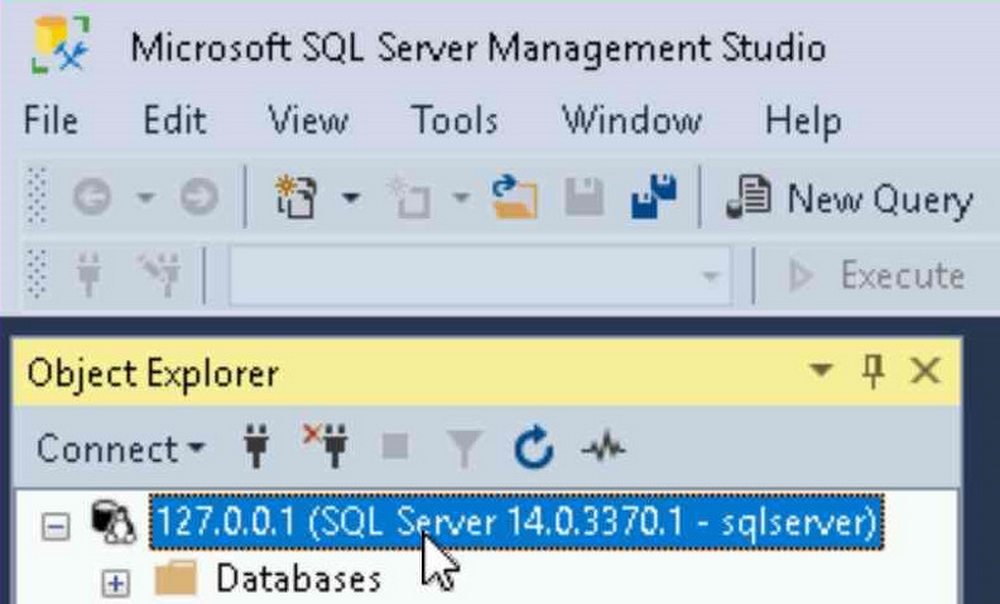 Select database in SSMS to start new query