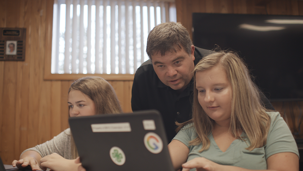 With 4-H, helping more students learn computer science