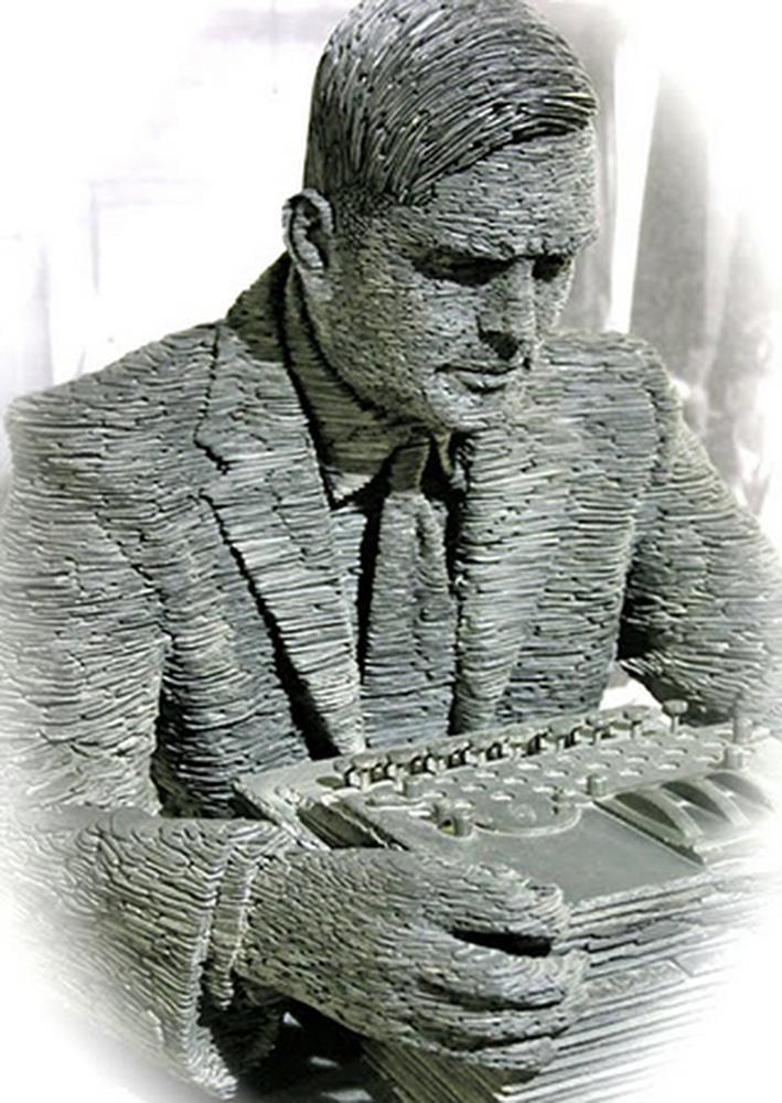 Alan Turing statue.jpeg