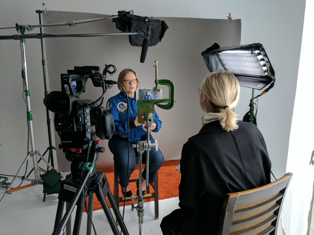 "Journey into space with women astronauts and ""Dot of Light"""