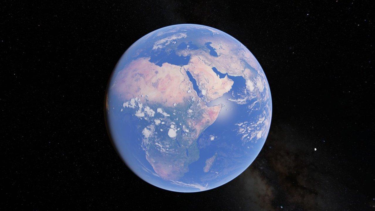 EarthWorldTourCover