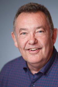 Frank Schott Headshot 1.jpg