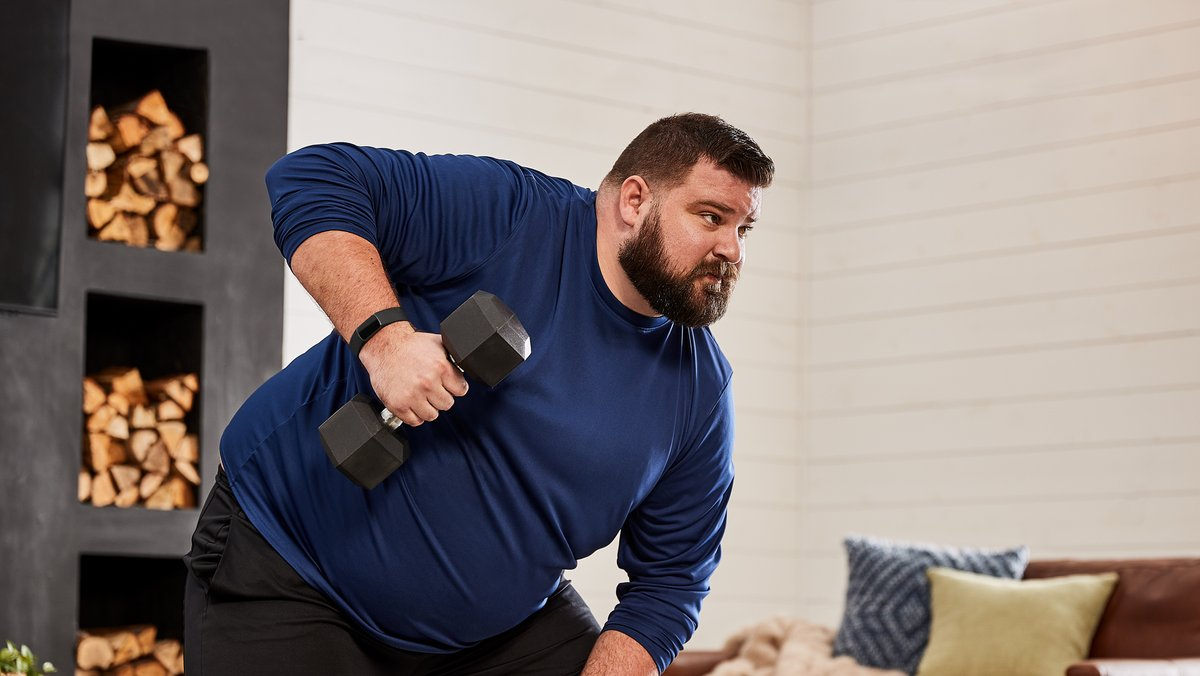 Fitbit user lifting weights