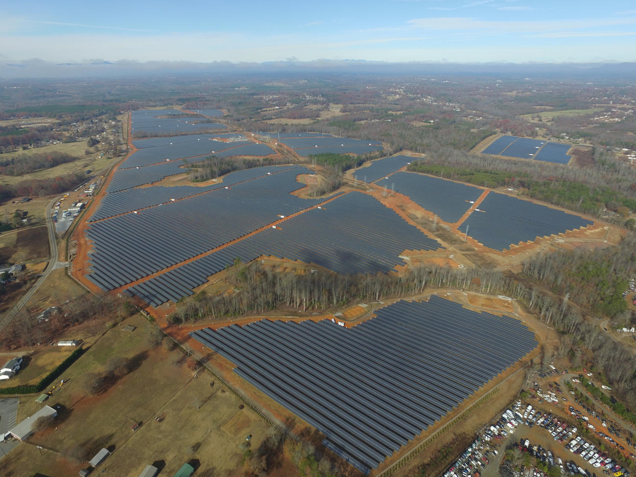 www.blog.google - Amanda Corio - Why we're putting 1.6 million solar panels in Tennessee and Alabama
