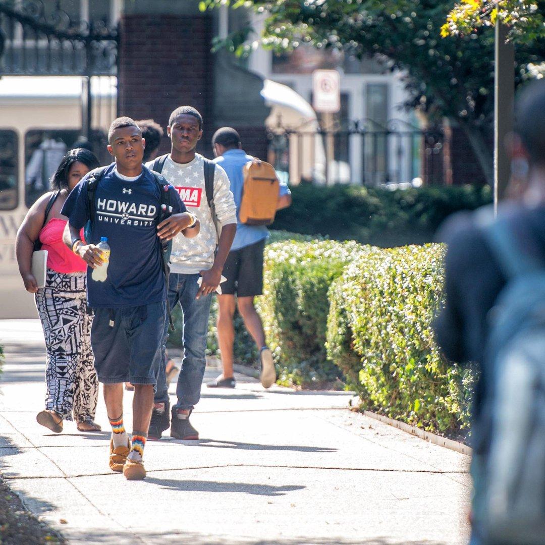 HowardU-students-heroB.jpg