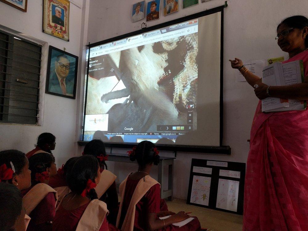 Il progetto India Literacy utilizza Google Earth per creare contenuti interattivi per le classi rurali
