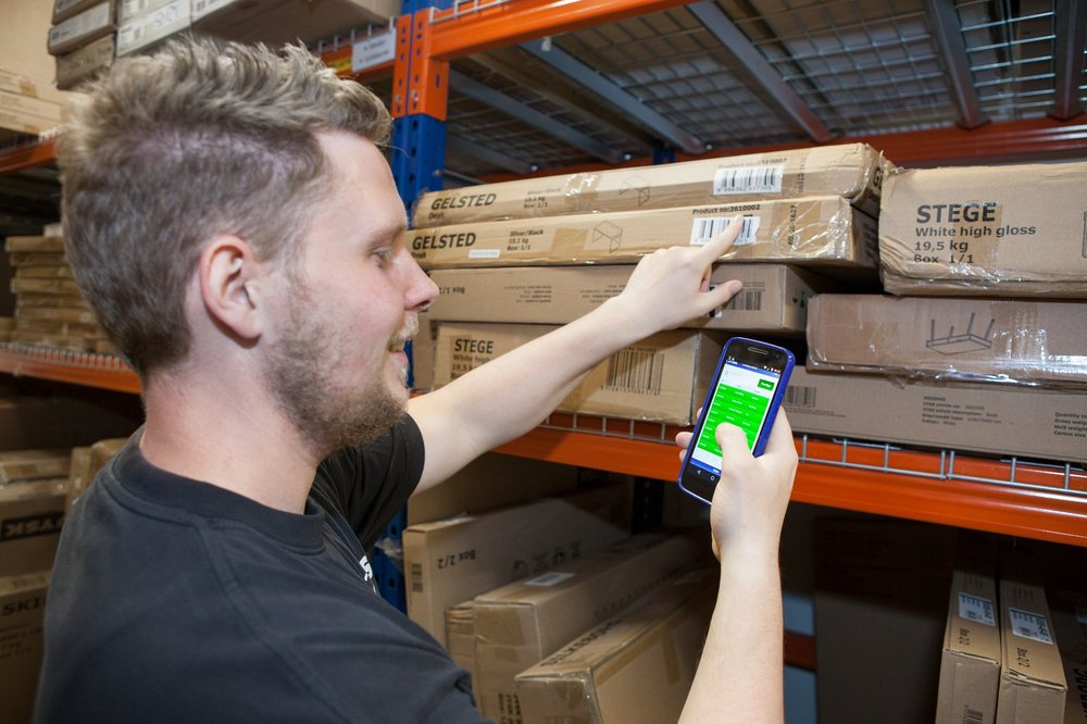 JYSK teams use Android devices to scan inventory and help customers
