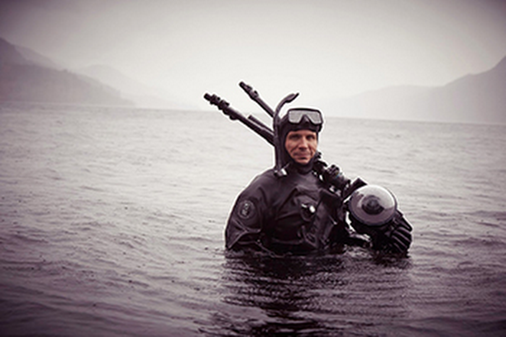 Loch-Ness-diver.width-1600-1.jpg