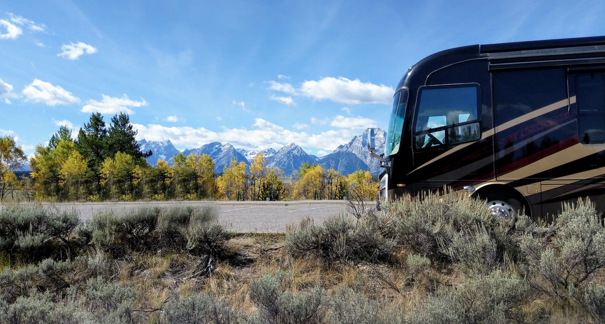 RV parked at viewpoint of Grand Teton National Park mountains
