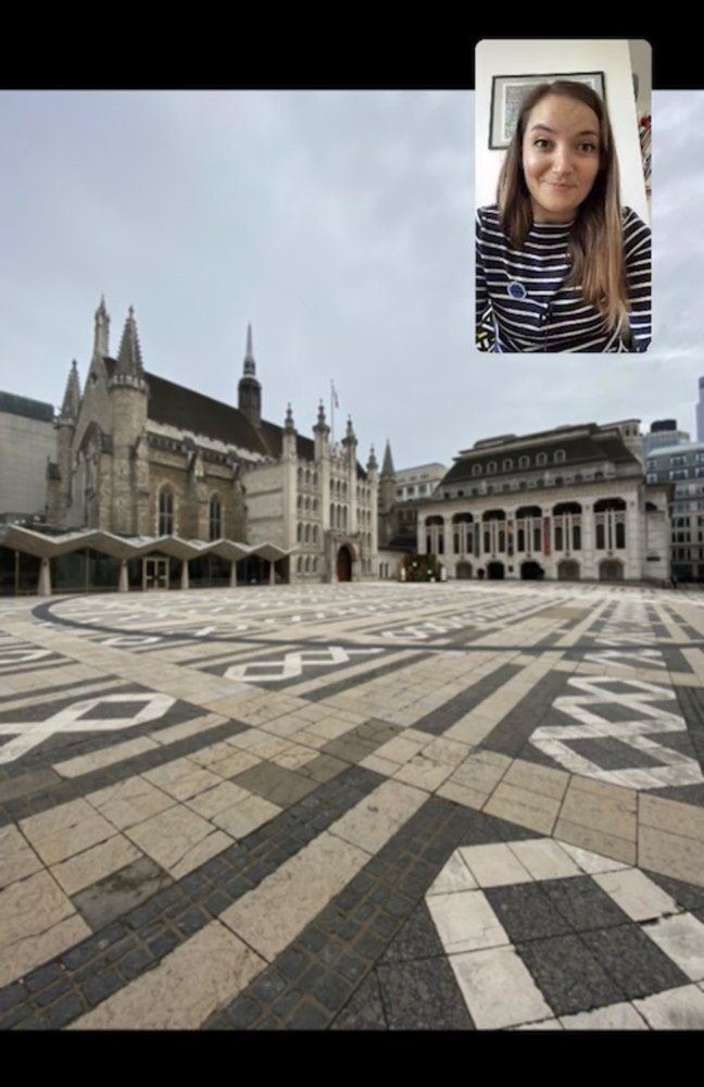 Katie Wignall giving a tour of London's Guildhall