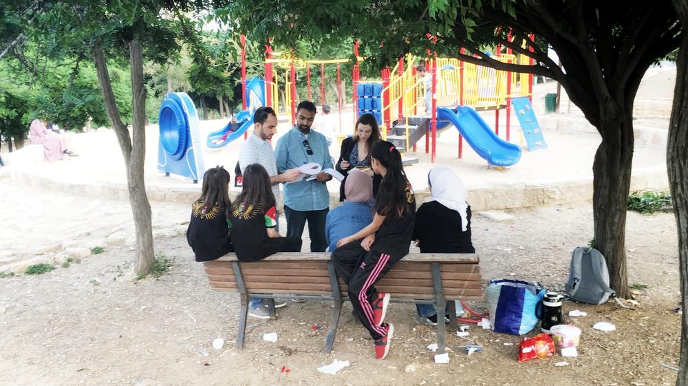 Googlers and Edraak staff at a park in Amman, Jordan