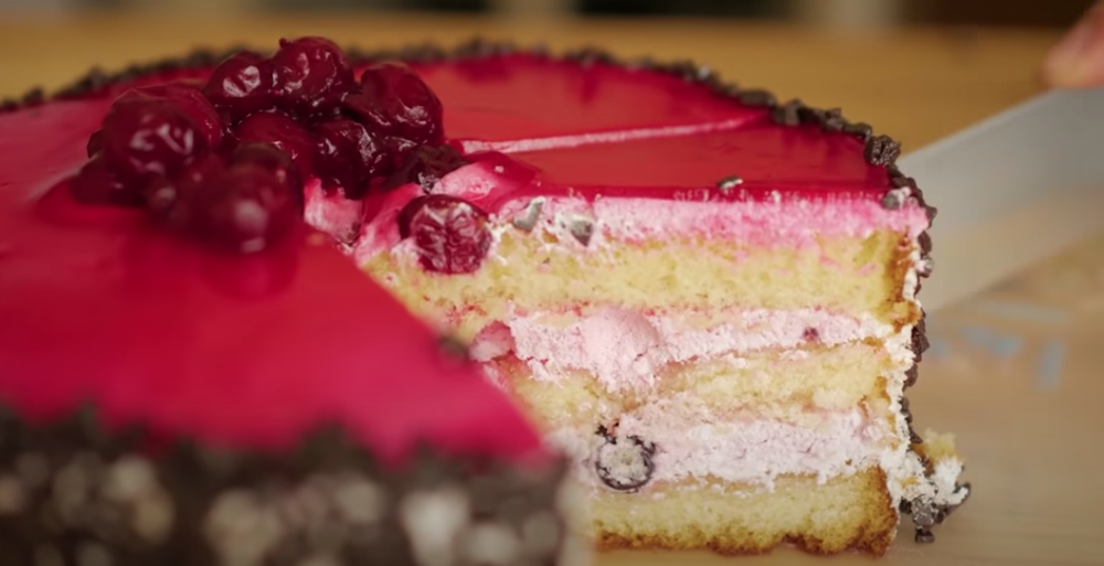 Just desserts: Baking with AI-made recipes