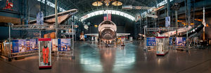 The Space Shuttle Discovery at home in the James S. McDonnell Space Hangar of the Udvar Hazy Center.png