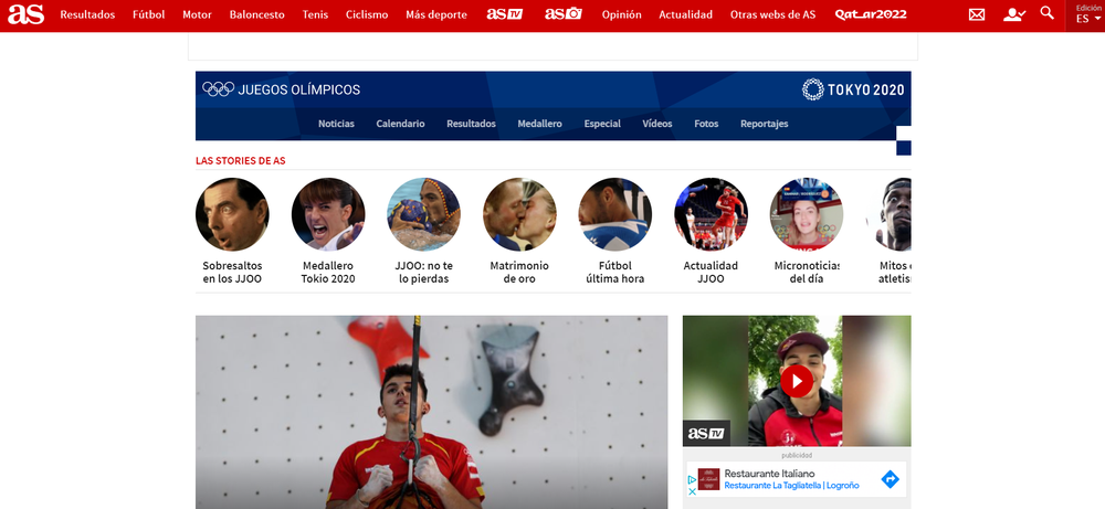 The AS.com homepage with a carousel of Web Story preview images at the top, featuring faces of athletes.