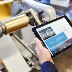 Android tablet in manufacturing
