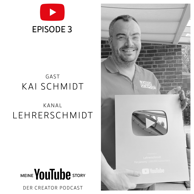 Kai Schmidt mit seinem Golden Play Button für 1 Mio Abonnenten