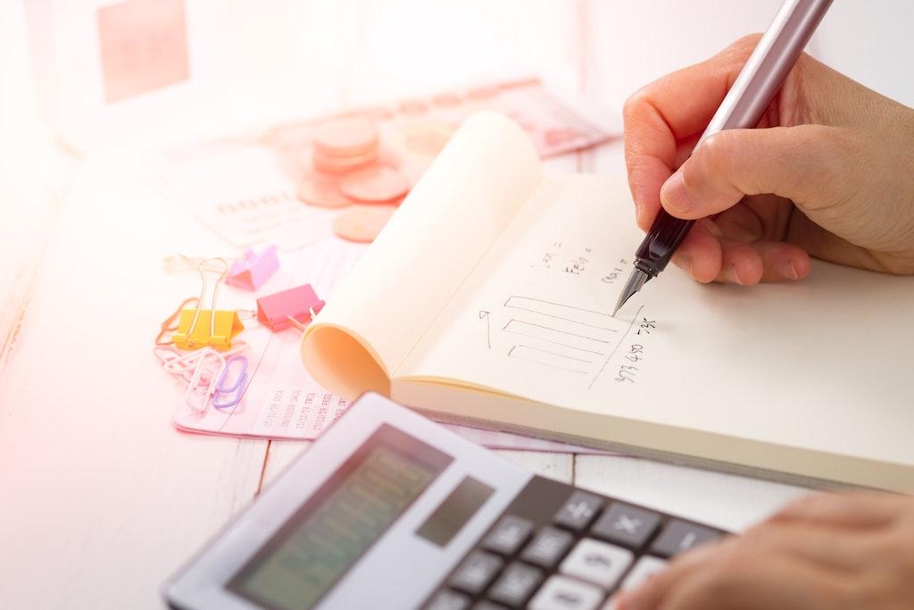 消費税増税後の美容室利用の影響は?3割が利用を控え、一人あたり年間7,505円減の結果に