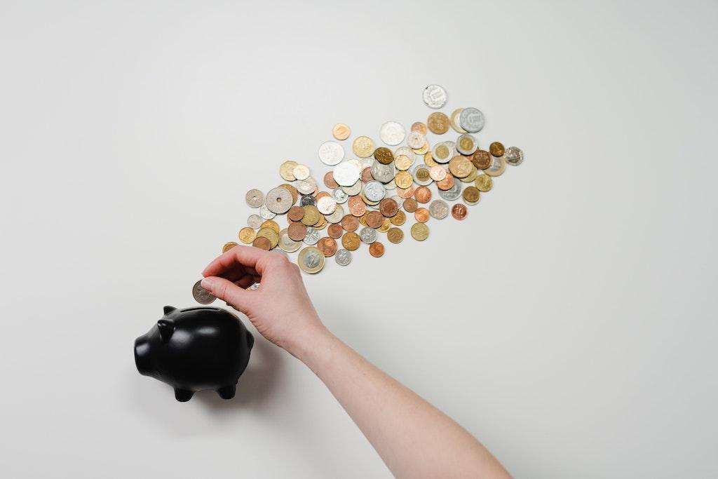 緊急事態宣言解除後の美容室利用における消費者意識アンケート調査。一人あたり年間16,532円減の節約志向。