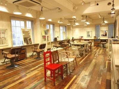 MINX 青山店 - 外国のアートスタジオをイメージしたオシャレな空間♪