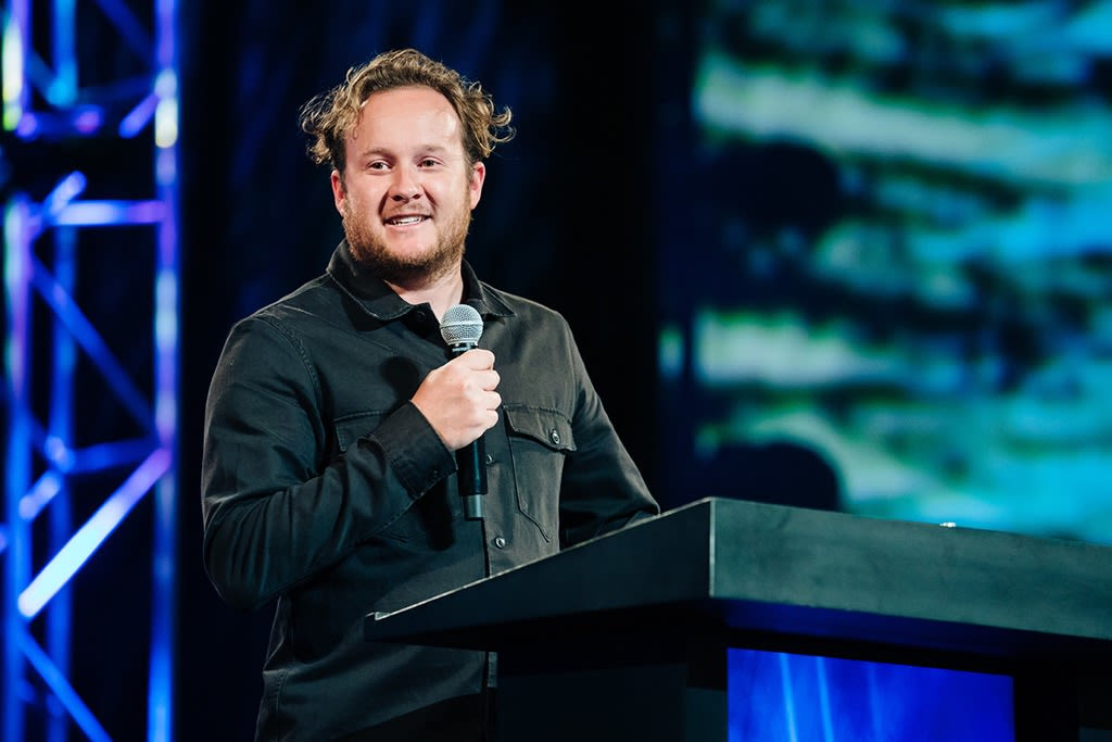 Pastor and teacher Jonathan Laurie brings us a message in the book of John, chapter 1 and John 2 titled What Do You Seek at Harvest Christian Fellowship.