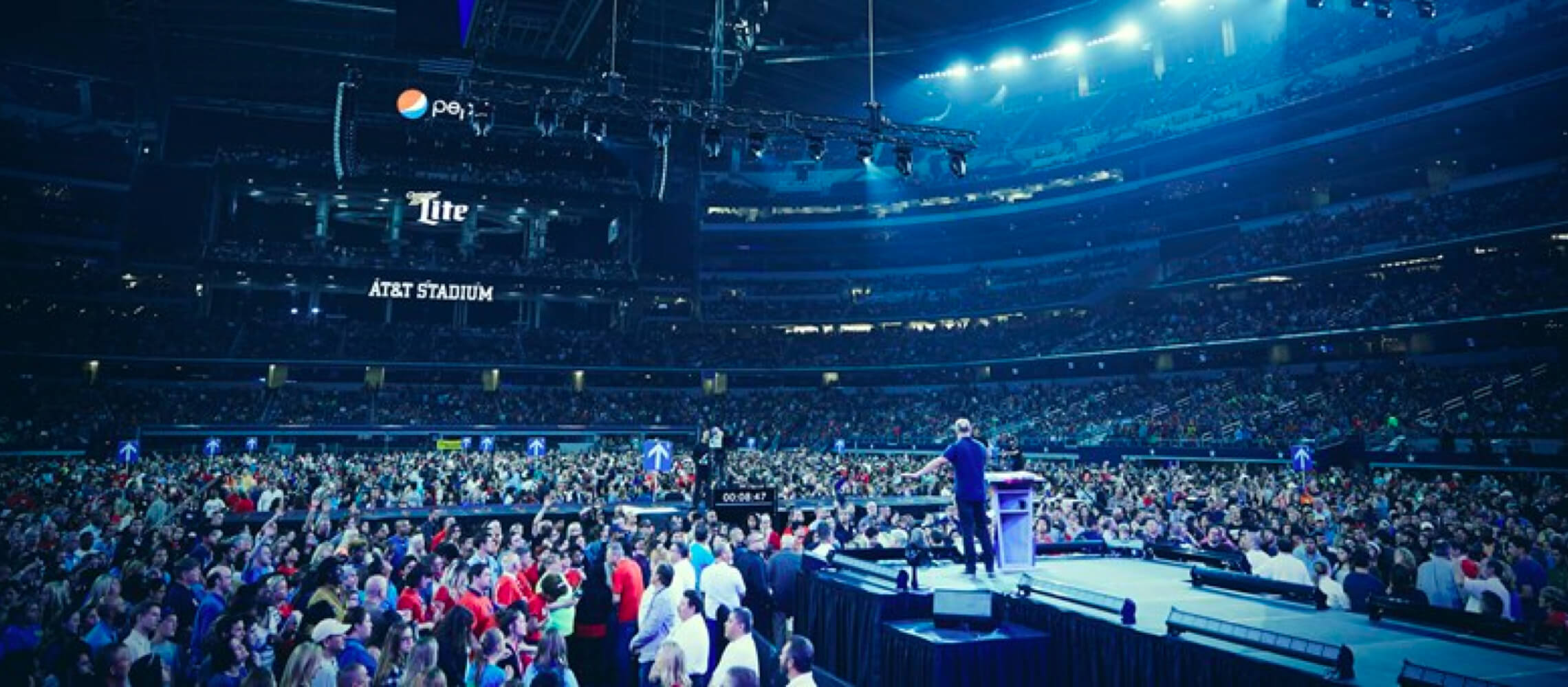 Greg Laurie preaching at Harvest America
