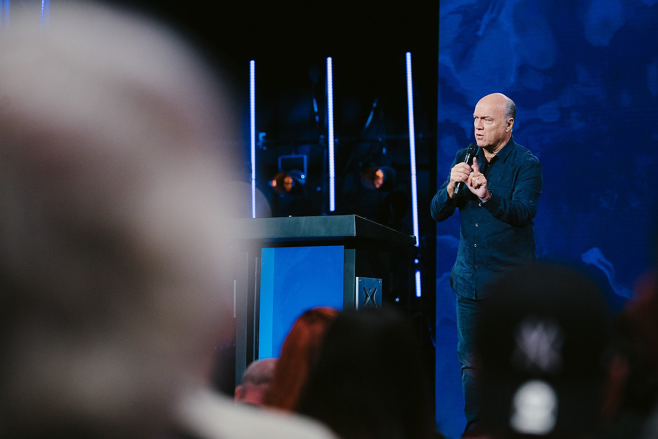 Greg Laurie teaches at Harvest Christian Fellowship titled, Palm Sunday : The Real Story