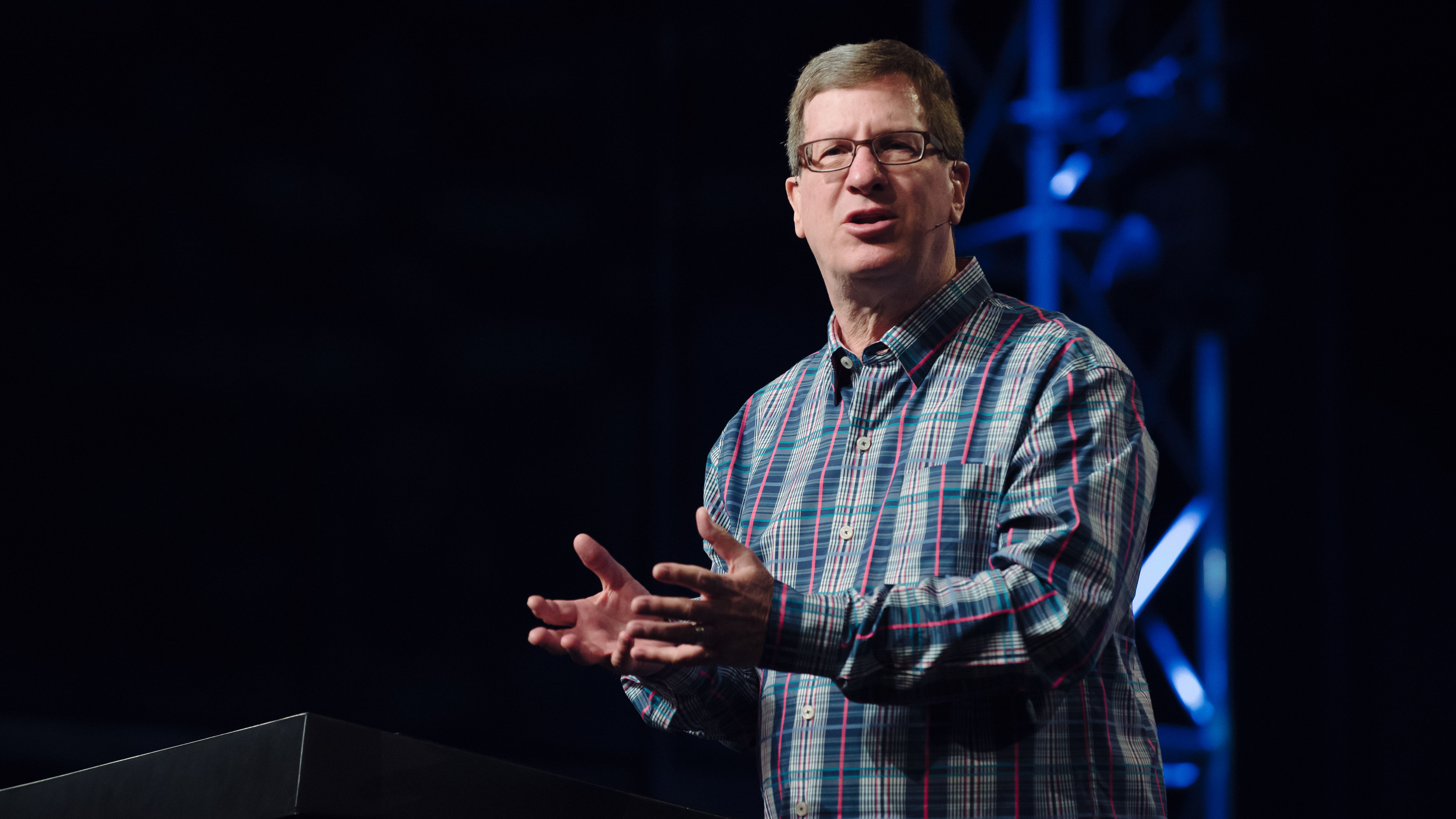 "Journalist and teacher Lee Strobel shares a message from Hebrew 12 in our ""Sunday Morning"" series at Harvest Christian Fellowship titled ""The Case for Miracles"""