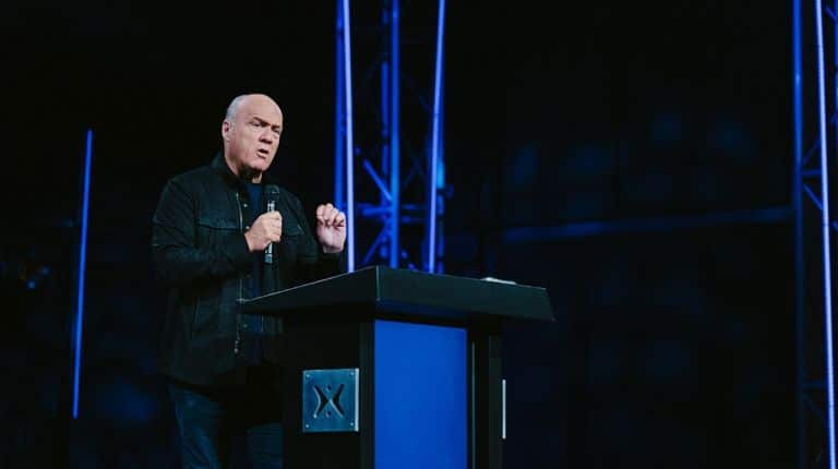 Greg Laurie preaches How to Live a Spirit-led Life
