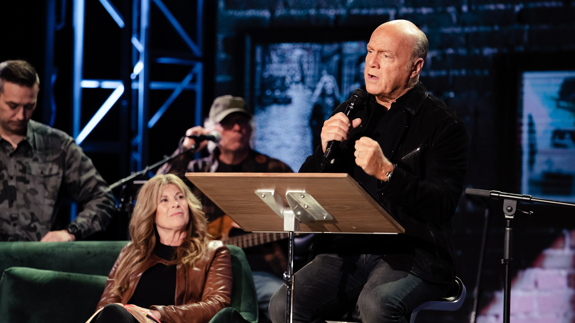 Free Bible from Pastor Greg Laurie