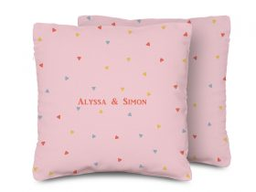 A-PILLOW-trianglelover_03