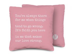 A-PILLOW-typingwords_03