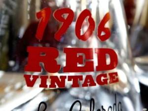 Cerveza 1906 Red Vintage La Colorada