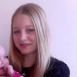Stehe als Babysitter in 33102 Paderborn zur Verfügung.
