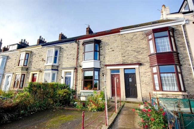 Yorkshire Terrace: Scoresby Terrace Holiday Cottage In Whitby, North