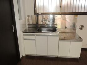クリエイトハイツ 103号室のキッチン