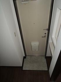 クリエイトハイツ 103号室の玄関