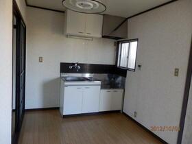 グランドハイツ 201号室のキッチン